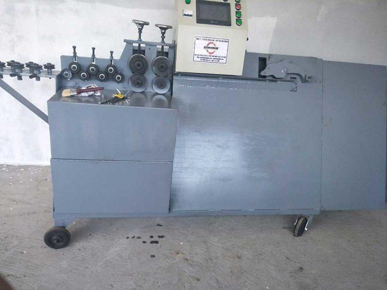 Tham khảo dòng máy duỗi sắt tự động có gì khác biệt?