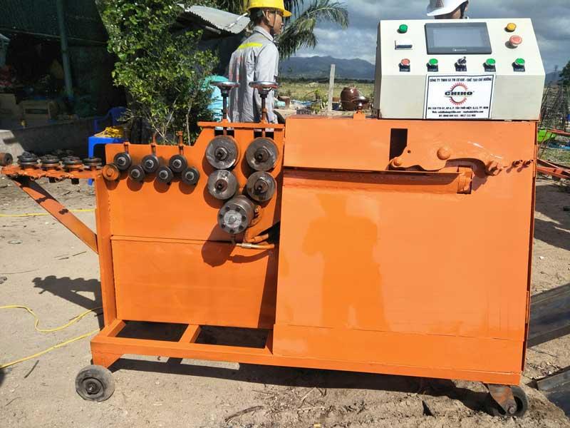 may-be-dai-ca-heo-mini | máy bẻ đai cá heo việt, máy bẻ đai sắt, máy uốn đai thép, máy uốn đai thủy lực, máy gia công đai thép, máy bẻ đai chiho, máy bẻ đai sắt phi 10, máy uốn đai sắt tự chế
